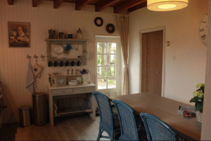 De ruime keuken vakantiehuis Morvan Bourgogne Les champs de Fleury